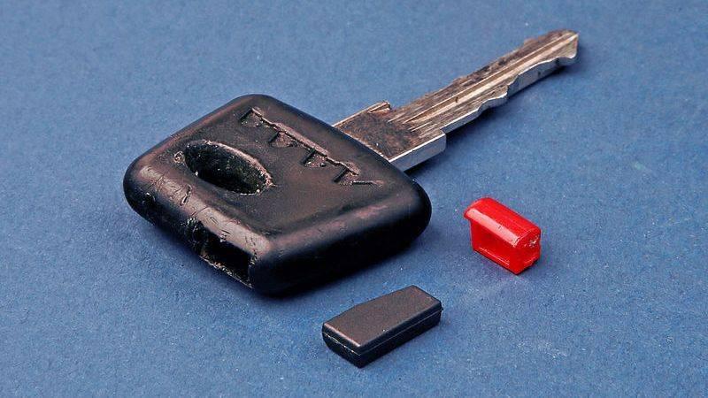 Как обучить ключ иммобилайзера ВАЗ 2110